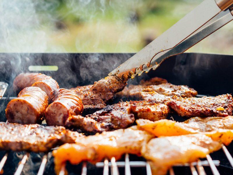 Recette bio : Barbecue 100% bio, vive le carré d'agneau!