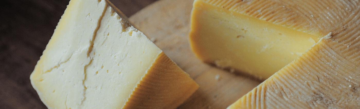 La région Auvergne Rhône Alpes: un immense plateau de fromage